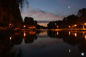 La Lune et Vénus au Canal