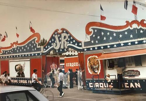 le cirque Jean Richard en tournée d'été en Bretagne en 1980 ( archives Jean Arnaud)