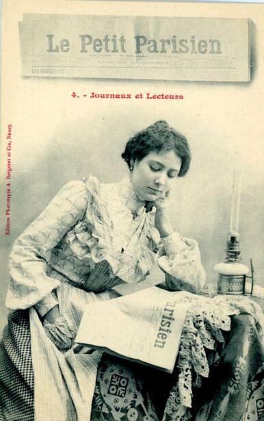 08 - Les dames et le journal photos anciennes