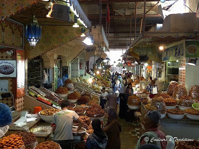 Détour par le petit marché couvert