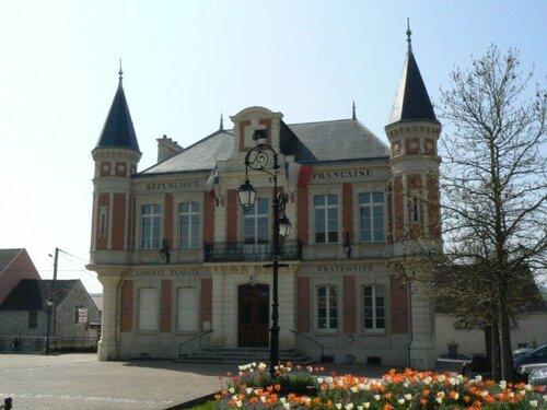 La mairie de Mouroux