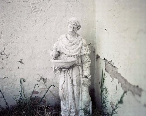 Quand les statues sont tristes
