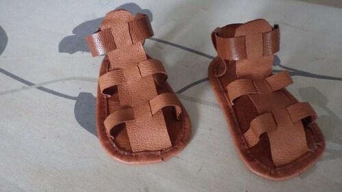 Des sandales pour Florent.