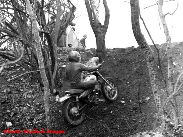 Un championnat de moto-cross à Montliot...il y a longtemps !