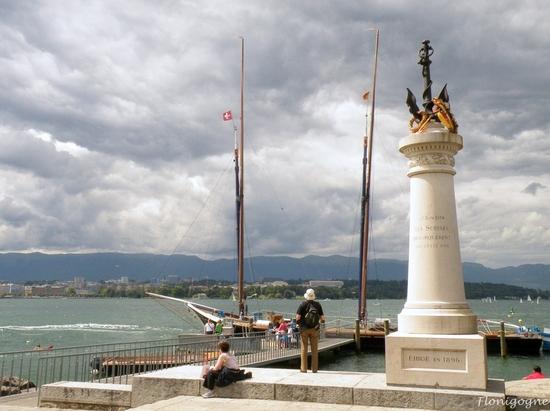 suisse été 2011_genève_quais rive droite (8)