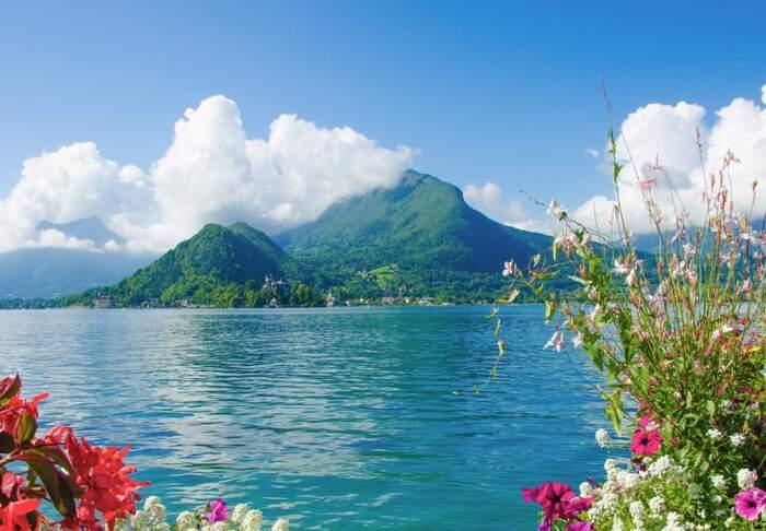 Bonjour.... Lac d'Annecy