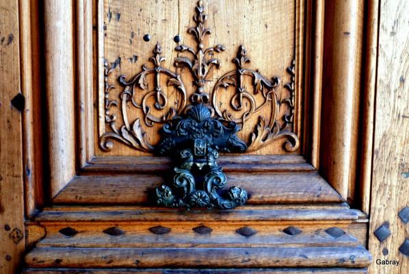 i08---Decoration-de-porte.JPG