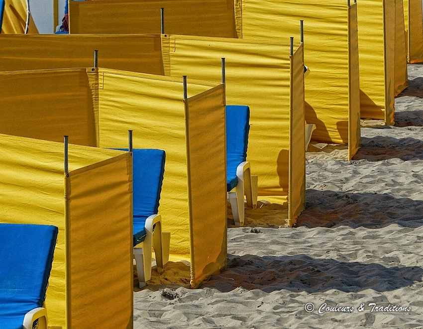 Sur le littoral Belge, les toiles