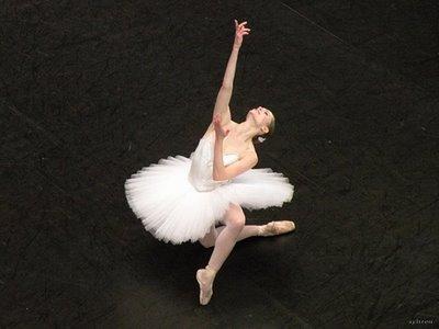 13/04/2012- Emilie Cozette