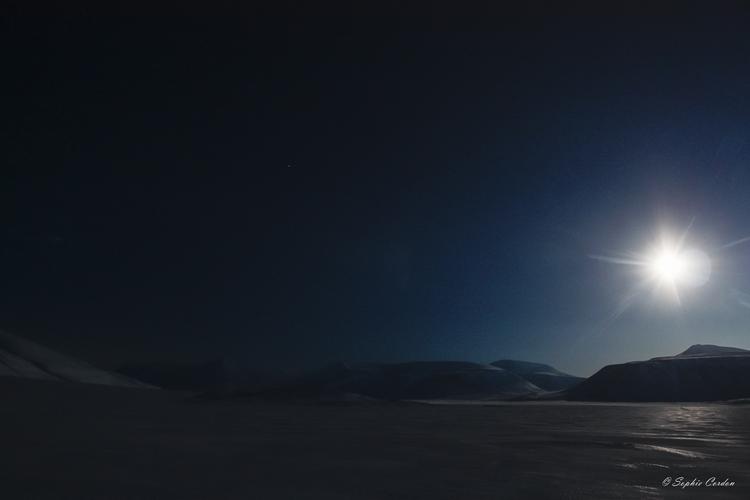Wouaow ! 2e partie... ou l'éclipse, suite ;)
