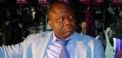 un jour...des faux prophètes derrière un chef d'état Ivoirien