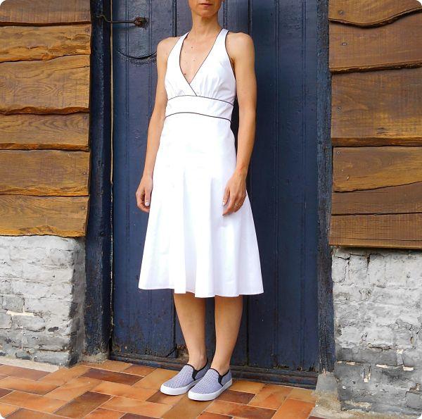 Robe blanche évasée #1