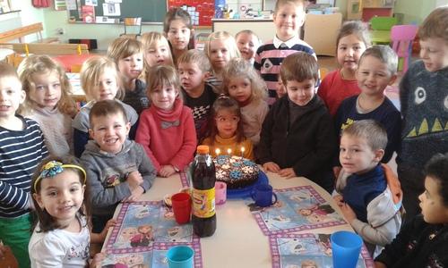 Louise a feté son anniversaire à l'école