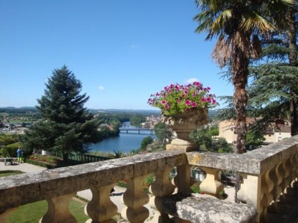 Terrasses-du-chateau-de-Fumel.jpg