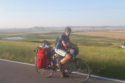 Gilles Fumey : « Faire du vélo, c'est prendre la géographie à bras-le-corps »