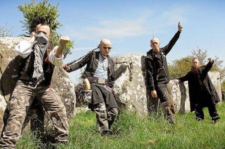 Les Ramoneurs de menhirs joueront, le 30, pour la sauvegarde de la faune...