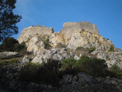 * Du château d'OPOUL à PERILLOS