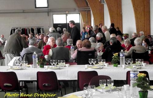 Le repas des aînés 2013, salle Luc Schréder...