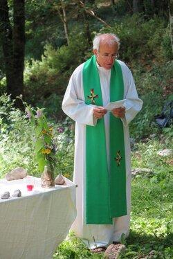 Equipe pastorale - Prêtres et Diacre