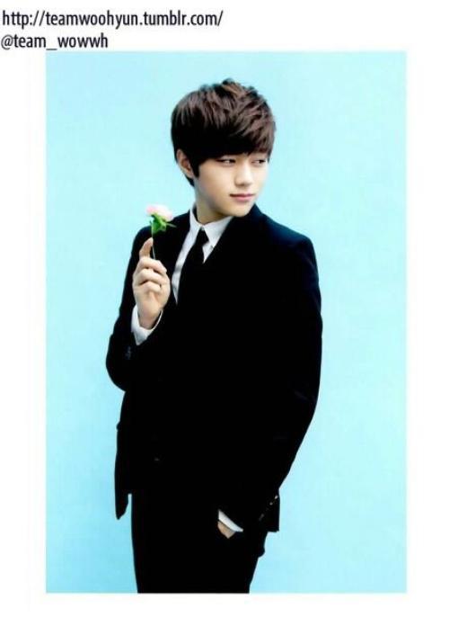 Myungsoo pour Hallyu Pia magazine