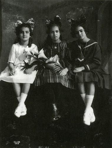 01 - Trois soeurs