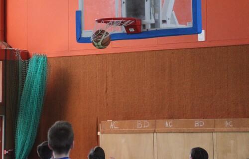 Tom et le basket