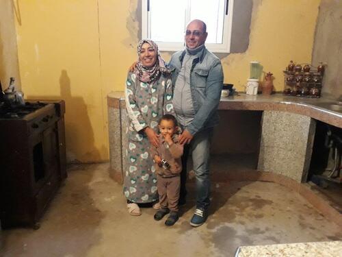 Aïcha, Aziz et le petit Tarak