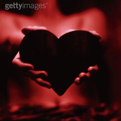Challenge N° 60 = Le coeur en miettes. (2ème)