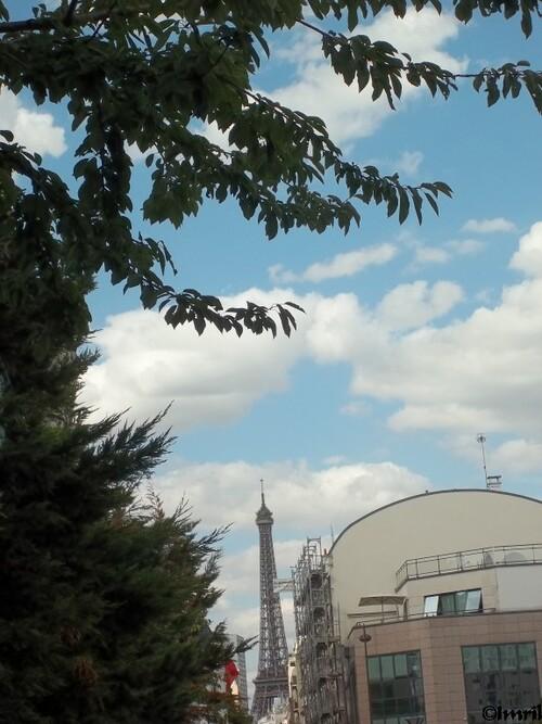 Bons baisers de Paris et futurs écrits