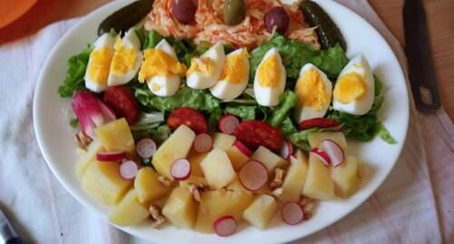 salade à l'assiette