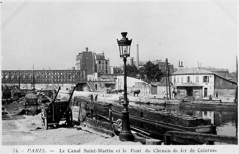 Le pont levant des Abattoirs de la Villette