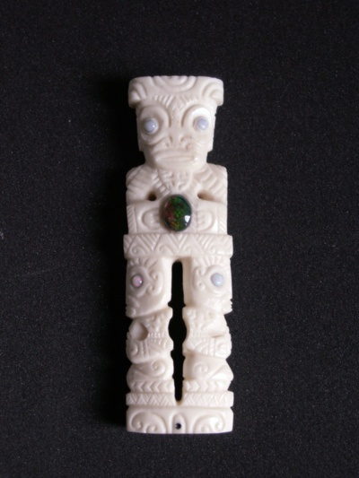 Blog de usulebis :Usulebis ,Artisan créateur de bijoux polynésiens , contact : usulebis@hotmail.fr, totem tiki