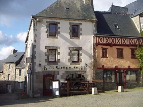 La Roche-Derrien  ( Côte-d'Armor )