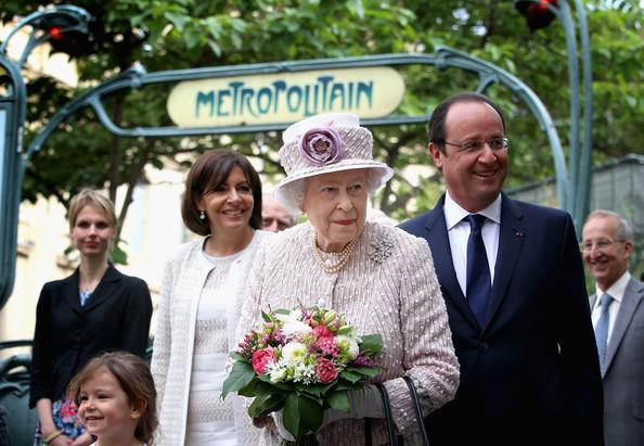 Marche Aux Fleurs Reine Elizabeth II