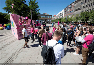 """L'""""escalier des filles"""" : une initiative pour réfléchir et débattre"""