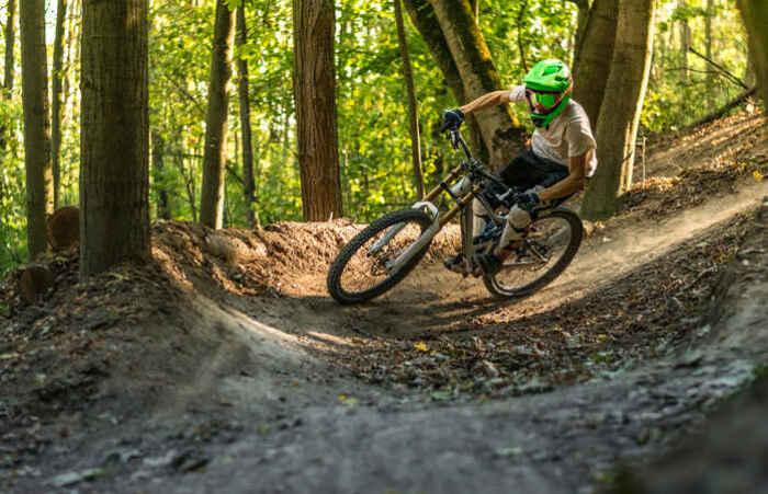 Monte sur les pédales: les plus belles pistes cyclables du monde