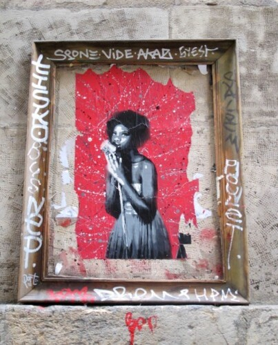 street-art Beaubourg ArteStenciva portrait cadre 3446