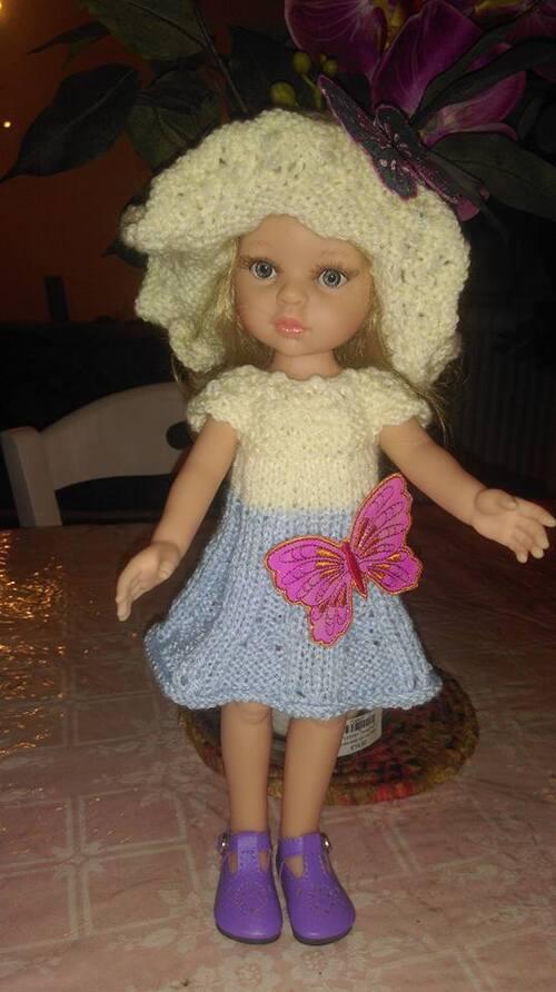 deux nouvelles tenues , robe et chapeau aux papillons , et robe aux couleurs vive pour nora