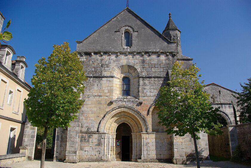 Eglise Torsac.jpg