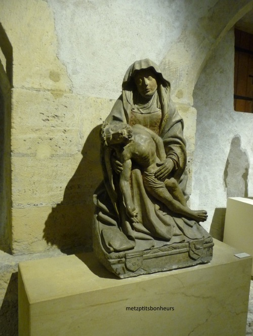 Musée de la Cour d'or....