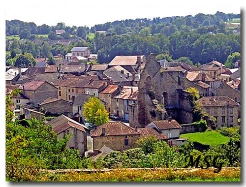 Les châteaux de Châlus - The castles of Châlus - 2