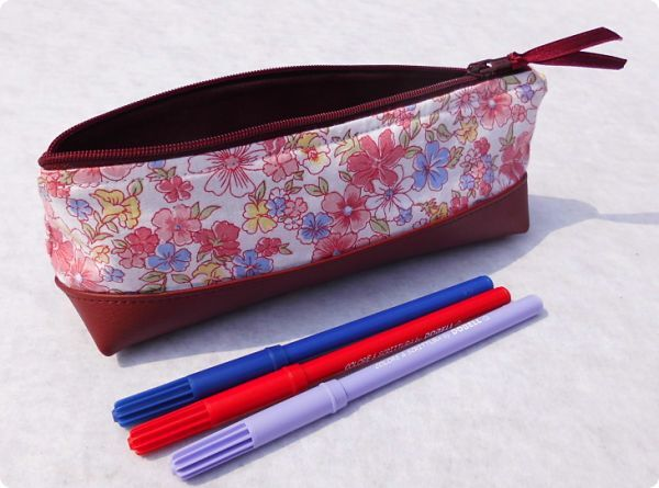Trousse liberty bordeaux