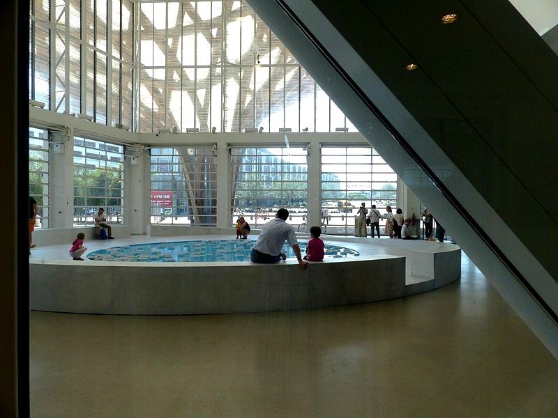 Metz / clinamen v2 au Centre Pompidou-Metz...