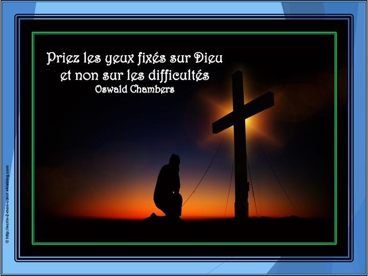 Priez les yeux fixés sur Dieu