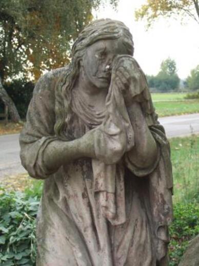 Femmes qui pleurent