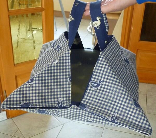 Pissaladière et sac à transporter les tartes