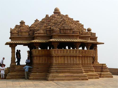 Bahu temple ou temple de la belle-fille;