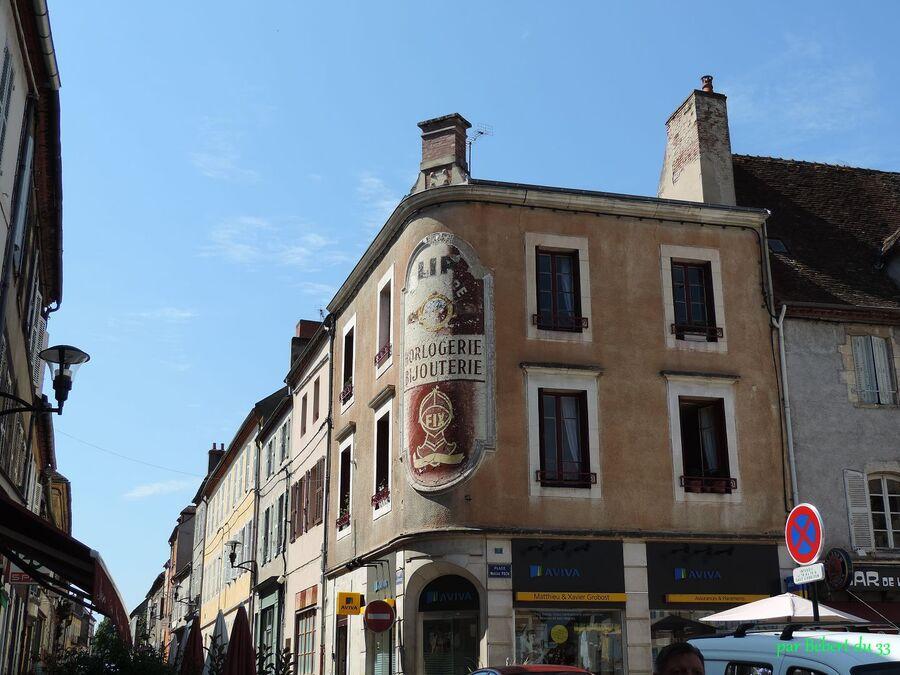 Saint Pourçain sur Sioule (03)