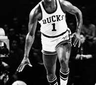Oscar Robertson's legacy much greater than triple-doubles