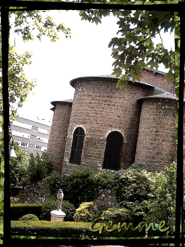 Arrière église du Bourg et Vierge, Ste-Foy